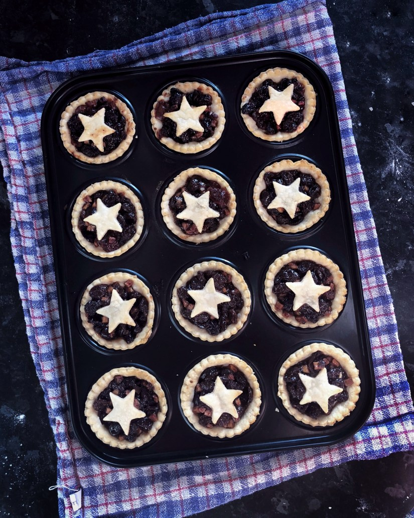 Freshly baked Starry mince pies