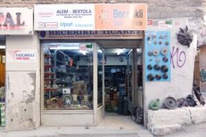 0080__DXO-_estambul-_Istambul-_store_front_fran_simo__A002985_DxO