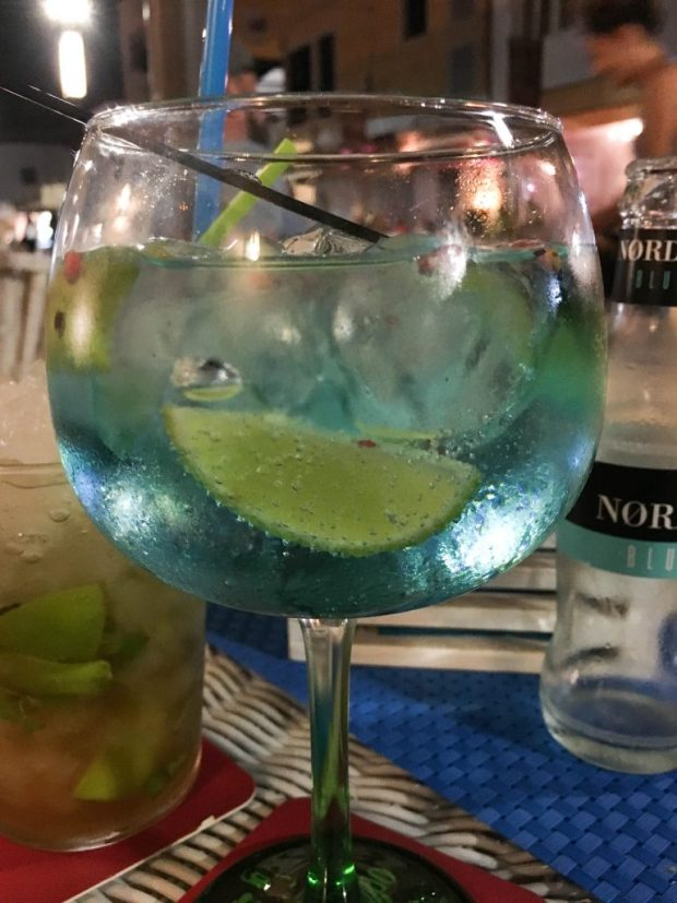 Tanqueray, Nordic Blue, lime and pink peppercorns