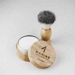 Jabón de afeitado con jabonera de regalo BANBU