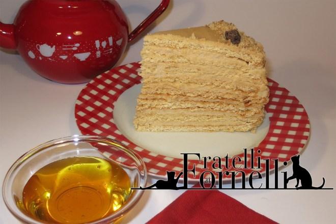 torta al miele medovik
