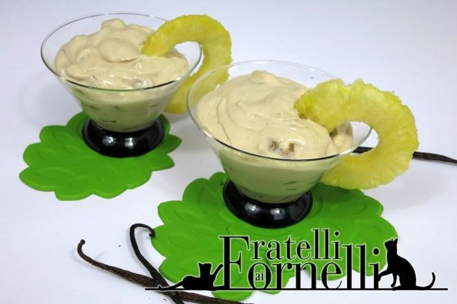 mousse ananas e vaniglia