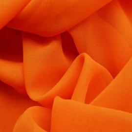 Muselina Tela muy fina y transparente, generalmente de seda, algodón o lana; se utiliza principalmente para drapeados, volantes, adornos o fulares.