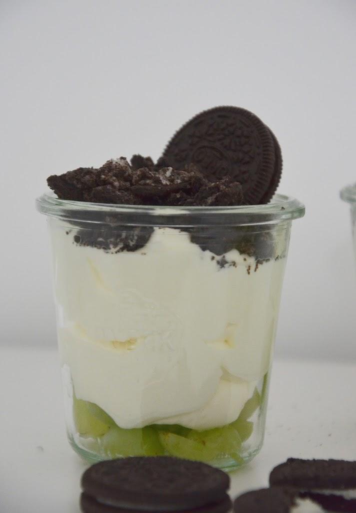 Schnell Gemacht Und Lecker Ein Dessert Im Glas Mit Trauben Und
