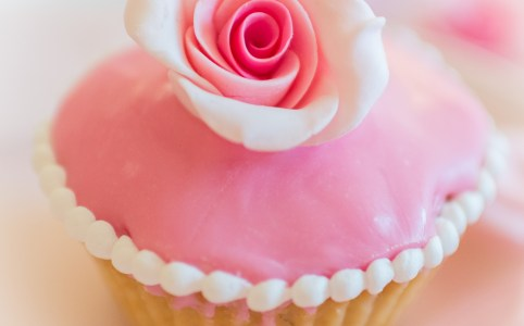 rosa Himbeer Cupcakes