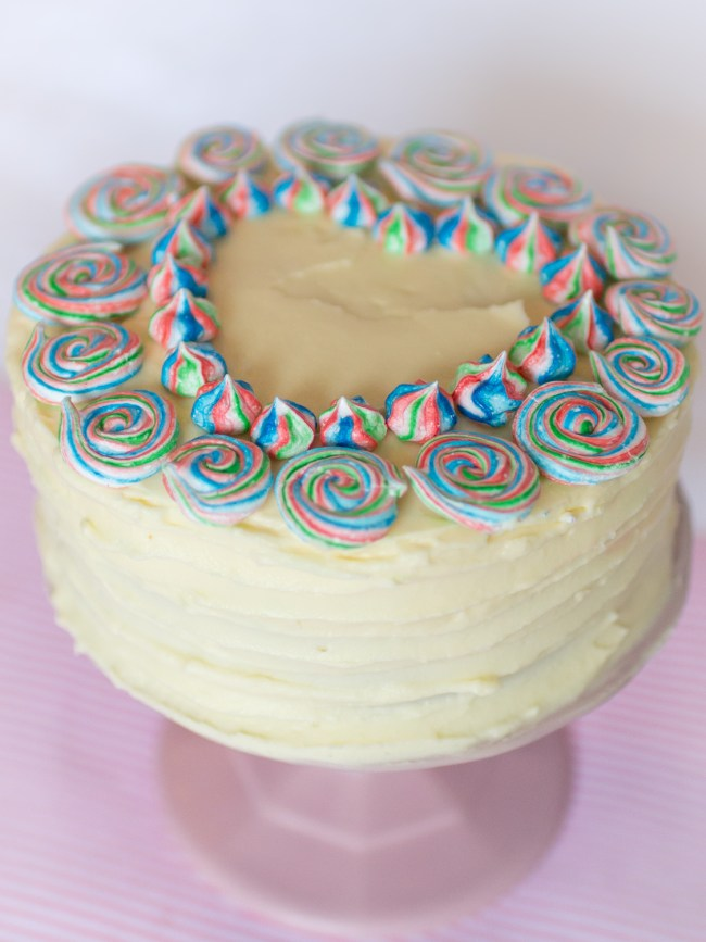 Baiser Torte, Meringue, Buttercreme