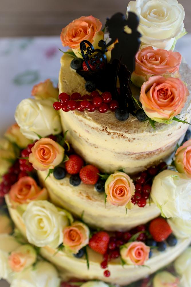 Anleitung Schritt-für-Schritt die eigene Hochzeitstorte selber machen   naked cake