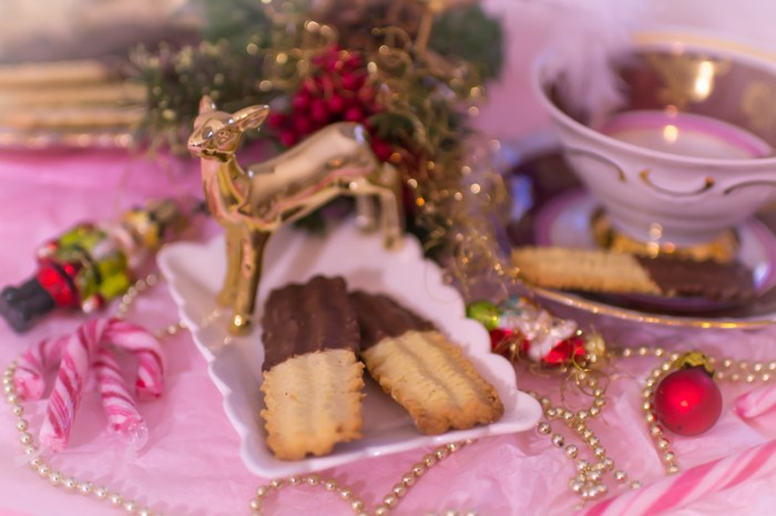 Weihnachtsplätzchen Spritzgebäck.Klassisches Spritzgebäck Rezept Einfache Weihnachtskekse Backen