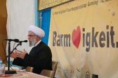 Begrüßung durch Ayatollah Dr. Reza Ramezani. Foto: Kathrin Erbe