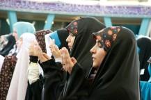 Muslima beim Mittagsgebet. Foto: Kathrin Erbe