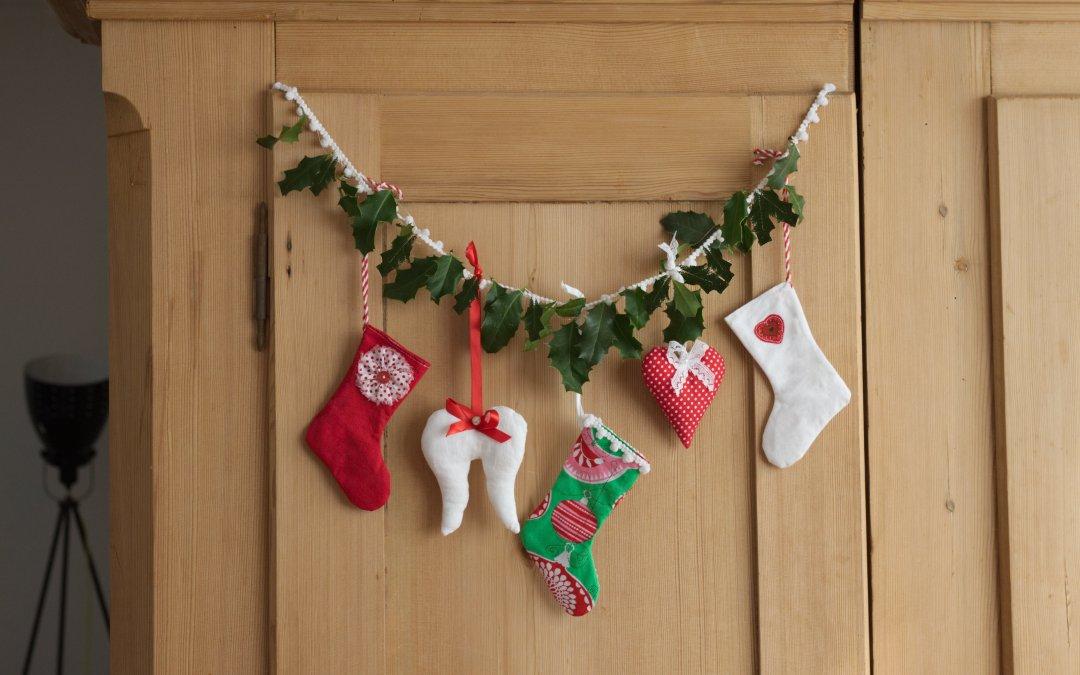 Weihnachtsdeko aus Stoffresten nähen