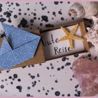 2. Origami Anleitung: Das Segelschiff – toller Begleiter für einen Urlaubsgutschein
