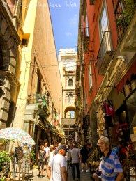 In der Altstadt von Neapel