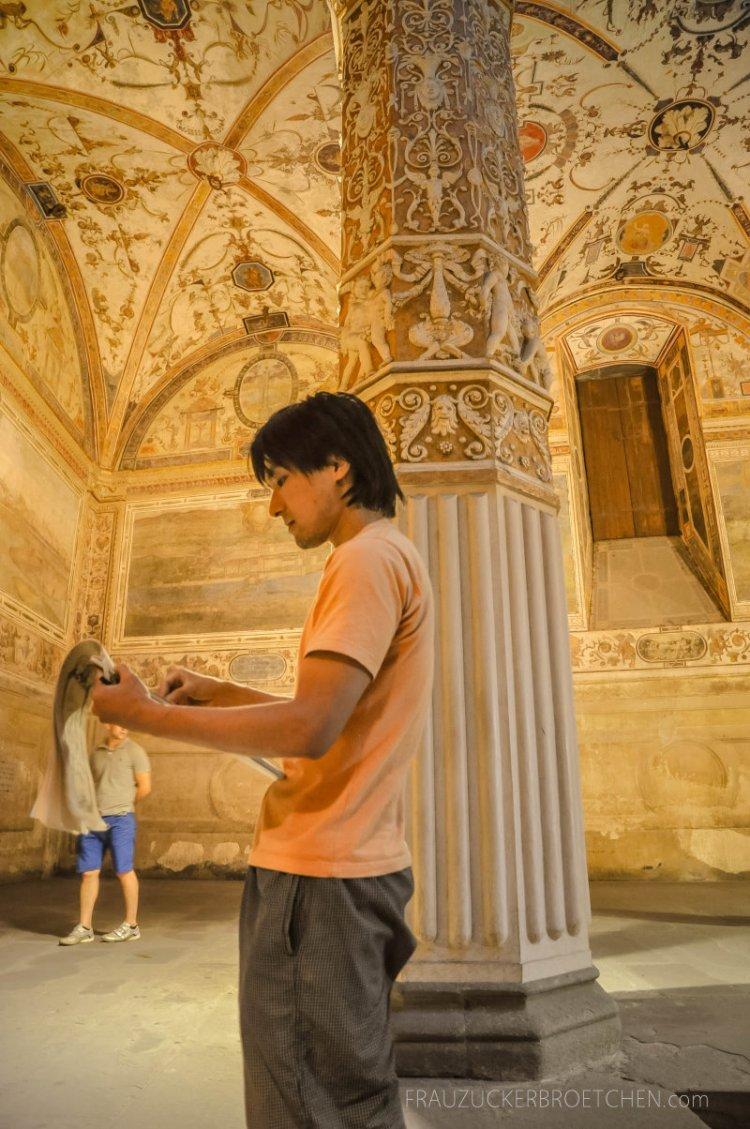 Florenz_palazzo vecchio_frauzuckerbroetchen17.jpg