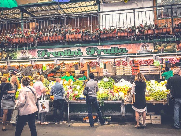 Der oriantalische Markt Genua.jpg