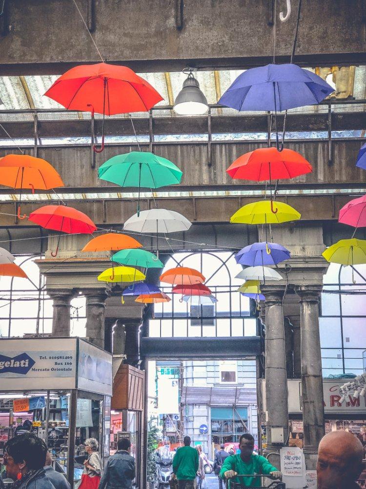 Der oriantalische Markt Genua3.jpg