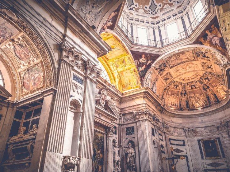 Parrocchia S. Pietro In Banchi Genua 2