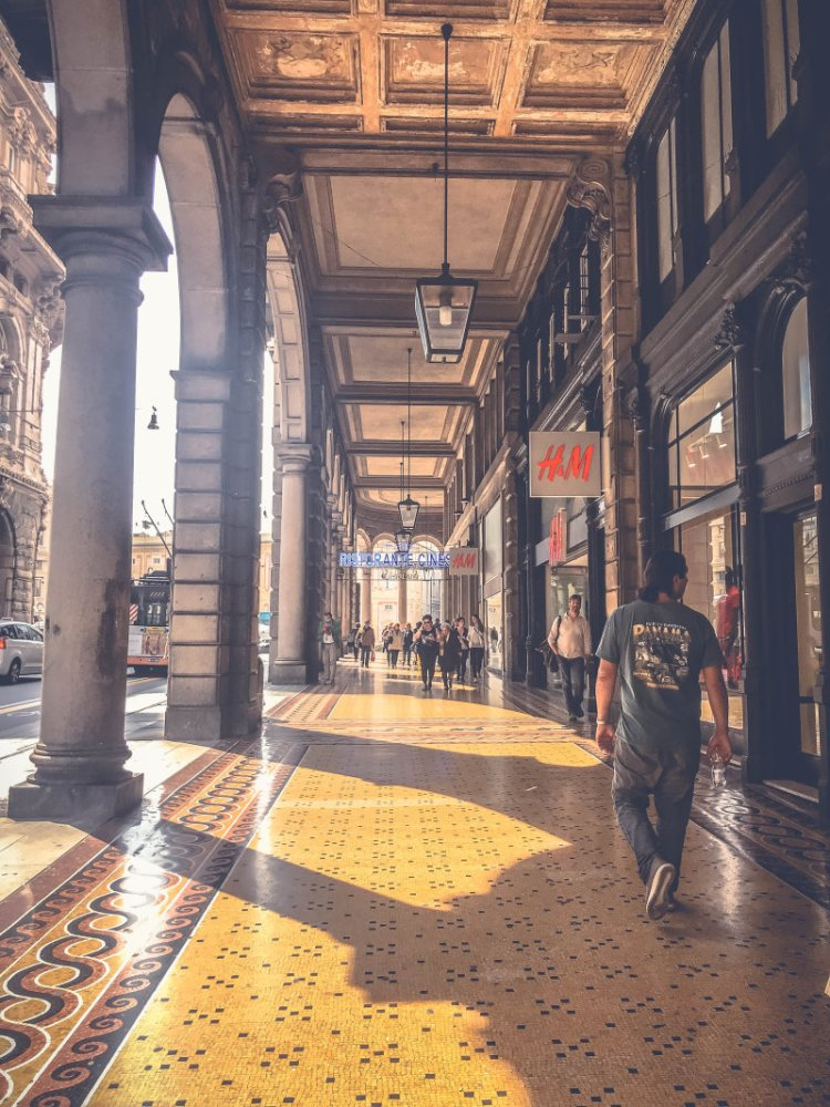 shoppen in Genua3