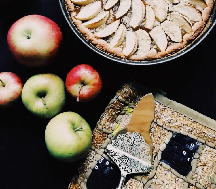 Apfelkuchen mit Pudding-Zimt Füllung