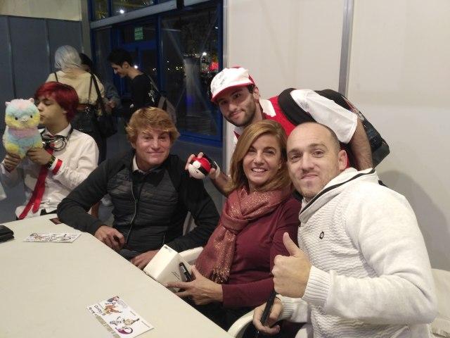 Iván Jara, Amparo Valencia y Javier Balas en Albanime 4P