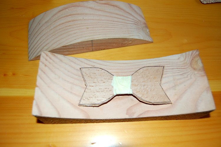 35552f45a946 Place the fabric strip and band on your Bow-tie: For the fabric that goes  around the middle of the bow tie, measure the width of the middle section,  ...