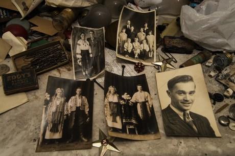 Freaktography Found Money Abandoned House