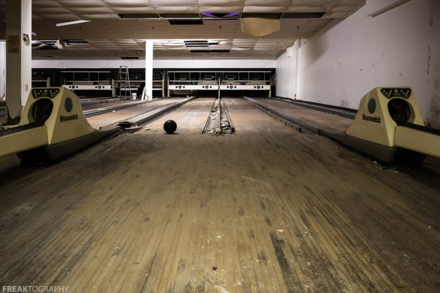 Freaktography, abandoned, abandoned bowling, abandoned bowling alley, abandoned photography, abandoned places, abandoned pool hall, bowling alley, creepy, decay, derelict, haunted, haunted places, photography, pool tables, urban exploration, urban exploration photography, urban explorer, urban exploring