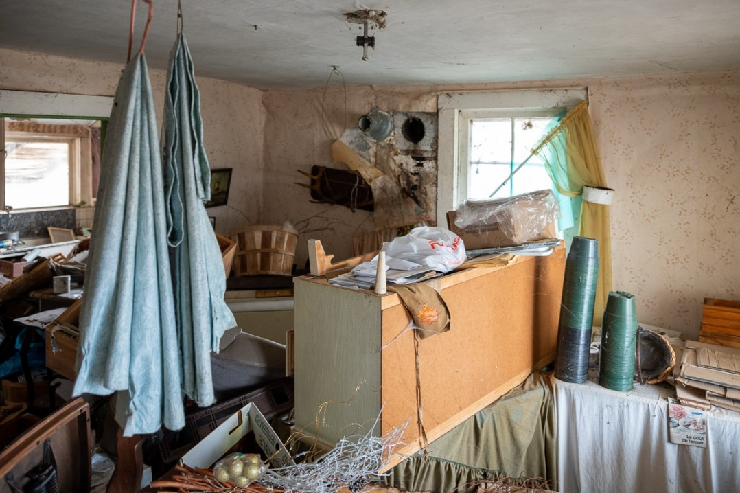abandoned farmhouse full of contents