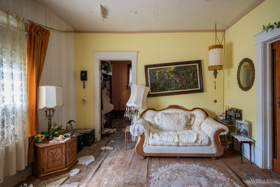 abandoned time capsule house bed and breakfast