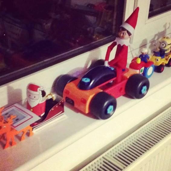 Elf in a traffic jam