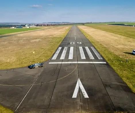 Flight Delay have a look around