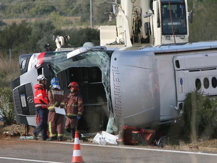 bus-crash-spain