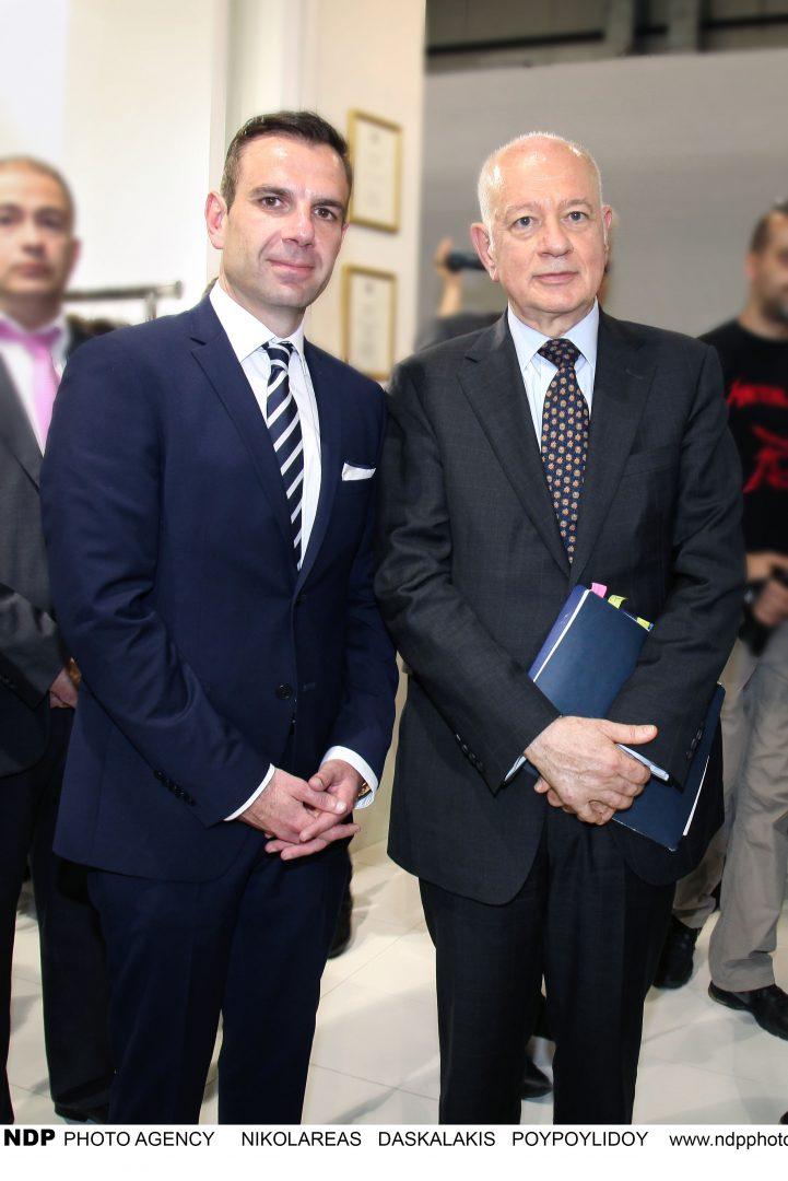 Ο Υπουργός Οικονομίας Δημήτρης Παπαδημητρίου εγκαινίασε τη 42η Έκθεση Γούνας στην Καστοριάς (ΕΙΚΟΝΕΣ)