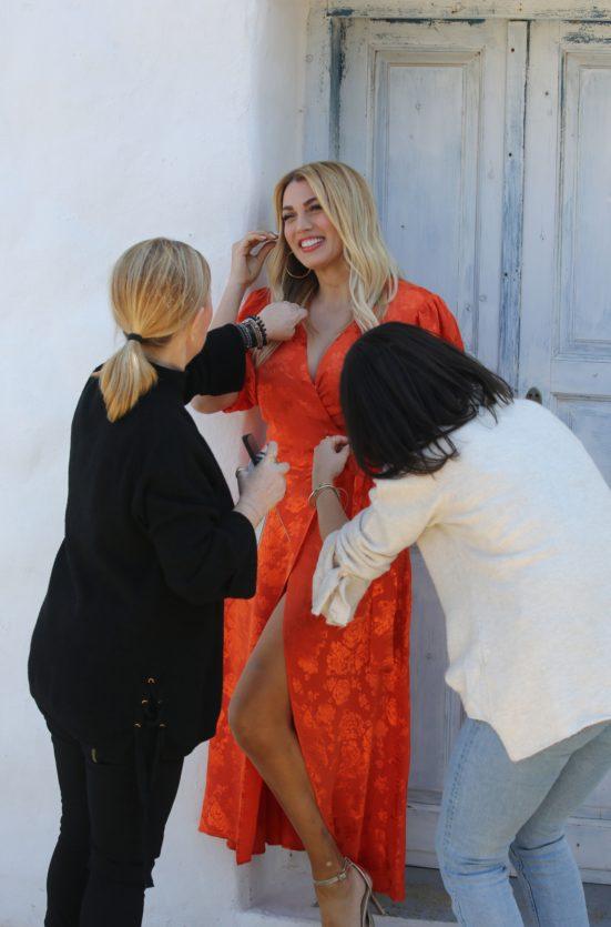 Σπυροπούλου: Backstage από την νέα της φωτογράφιση (Εικόνες)