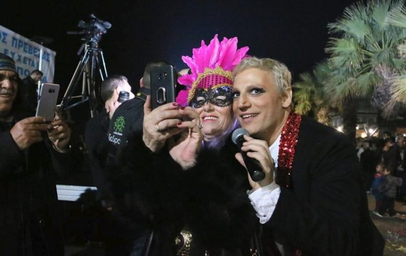 Καρναβάλι Πρέβεζας: Ο Διονύσης  Ζάχος ξεσήκωσε τα πλήθη!