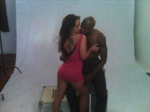 hoopz-ochocinco-shoot-03-e1262219220856