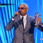 PHOTOS : #VMA Best Male Video Goes To Chris Brown