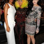 Nicki Gives Rihanna The Cold Shoulder At The VMA's