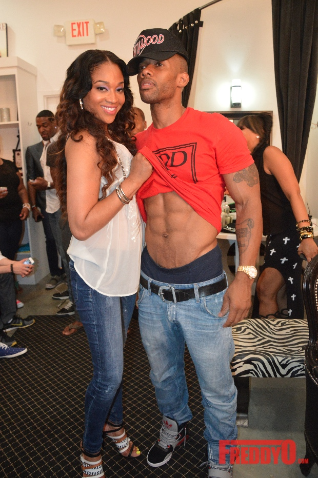 The Big Homie Nikko Announced He Has A New Fitness Video Coming To A Dvd Near You At The Latest Edition Of Kandi Koated Nights