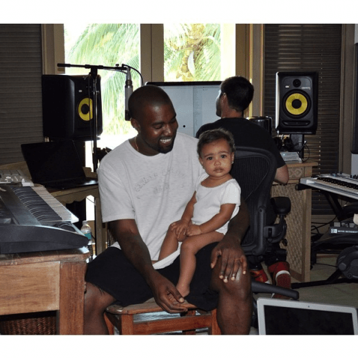 kanye-west-baby-north-west-freddyo