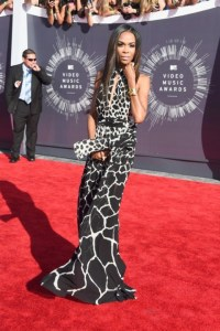 michelle-williams-2014-mtv-vmas-roberto-cavalli-gown