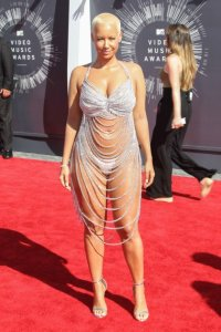 xamber-rose-at-the-vmas.jpg.pagespeed.ic.HAFOh8jApa