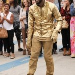 Usher Surprises Venice Beach Bystanders with Masked Street Performer Imitation!