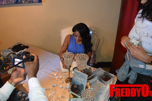 toya-wright-atlanta-how-to-lose-a-husband-book-signing-freddyo-100