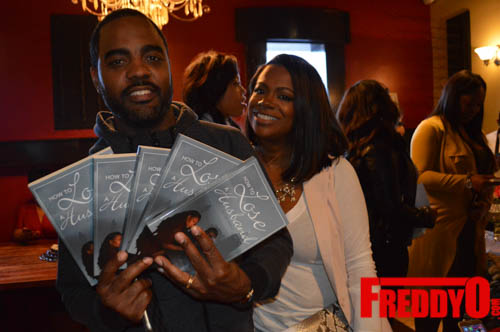 toya-wright-atlanta-how-to-lose-a-husband-book-signing-freddyo-111