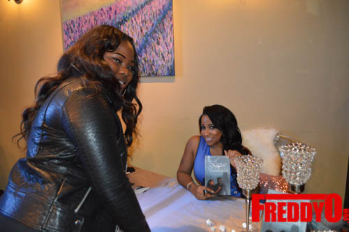 toya-wright-atlanta-how-to-lose-a-husband-book-signing-freddyo-116