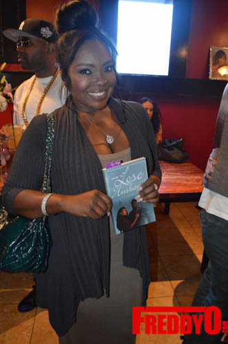 toya-wright-atlanta-how-to-lose-a-husband-book-signing-freddyo-165