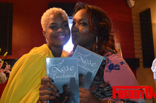 toya-wright-atlanta-how-to-lose-a-husband-book-signing-freddyo-194