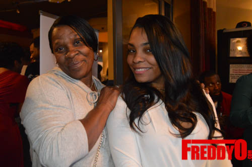 toya-wright-atlanta-how-to-lose-a-husband-book-signing-freddyo-213
