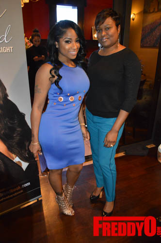 toya-wright-atlanta-how-to-lose-a-husband-book-signing-freddyo-56